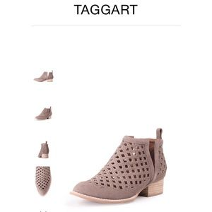 Jeffery Campbell Bootie Taggart ~taupe suede
